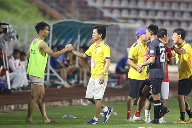 Lấy vé play-off, Nam Định ăn mừng như thể vô địch Ảnh 3