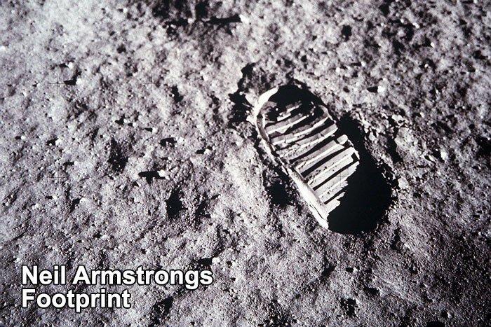 Tại sao dấu chân của Neil Armstrongs trên Mặt Trăng không khớp với đế giày? Ảnh 2