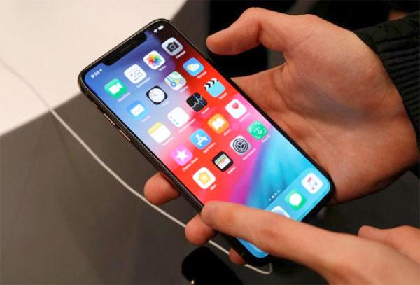 Apple tung bản cập nhật iOS 12 'giải cứu' bộ đôi iPhone XS Ảnh 1