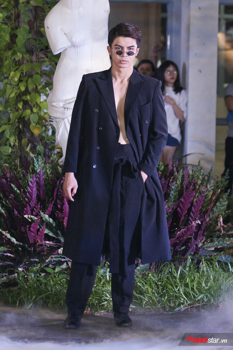 Diện váy che hết tầm nhìn, Khánh Vân-Quỳnh Hoa vẫn thể hiện trình catwalk cực đỉnh Ảnh 11