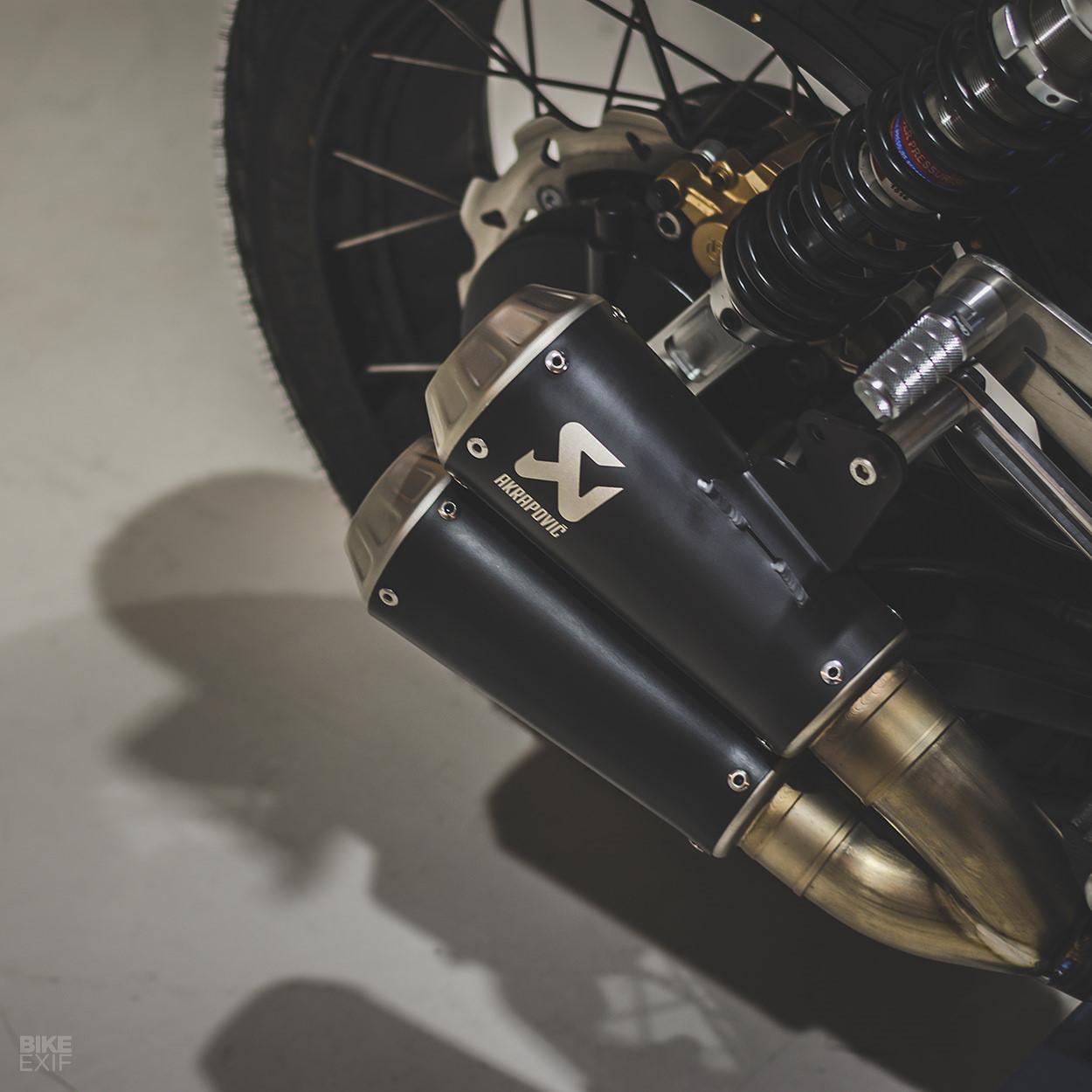Mẫu độ BMW K100 Cafe racer mới nhất từ Bolt Motor Ảnh 9