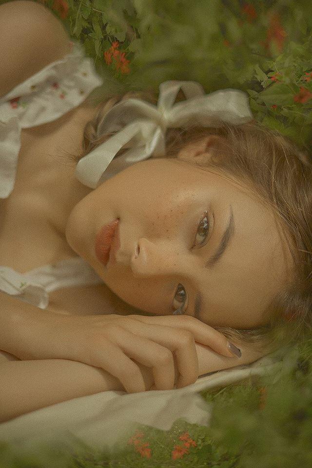 Vào thu đầy mộng mơ với cô gái Đà Lạt xinh như búp bê phương Tây Ảnh 8