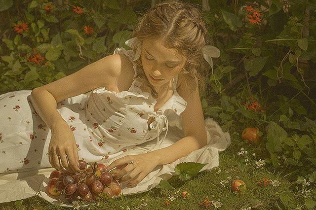 Vào thu đầy mộng mơ với cô gái Đà Lạt xinh như búp bê phương Tây Ảnh 6