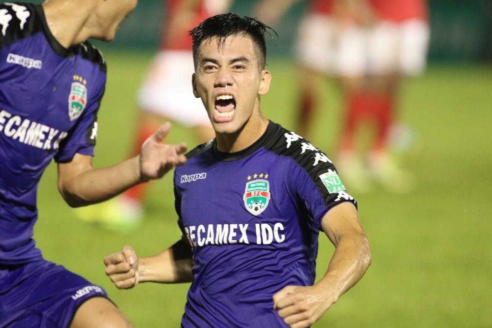 Hàng công tuyển Việt Nam quá mạnh, HLV Park Hang Seo đau đầu 'bỏ ai, chọn ai' Ảnh 1