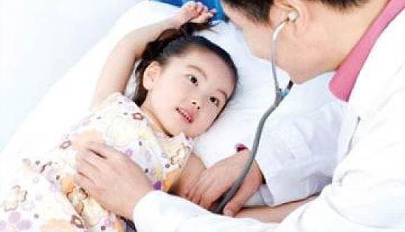 Ðối phó bệnh viêm đường hô hấp lúc giao mùa Ảnh 1