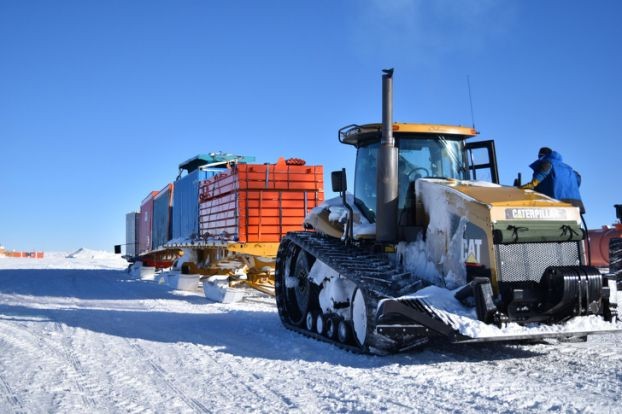 7 sự thật 'nổ não' về cuộc sống khắc nghiệt ở Nam Cực: Cấm đi tiểu khi tắm để tái sử dụng Ảnh 3