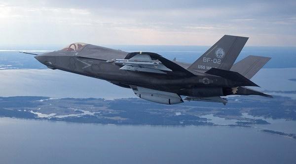 Mỹ ngừng bay F35 Lighting II toàn cầu, F-22 cũng nằm đắp chiếu ảnh 1