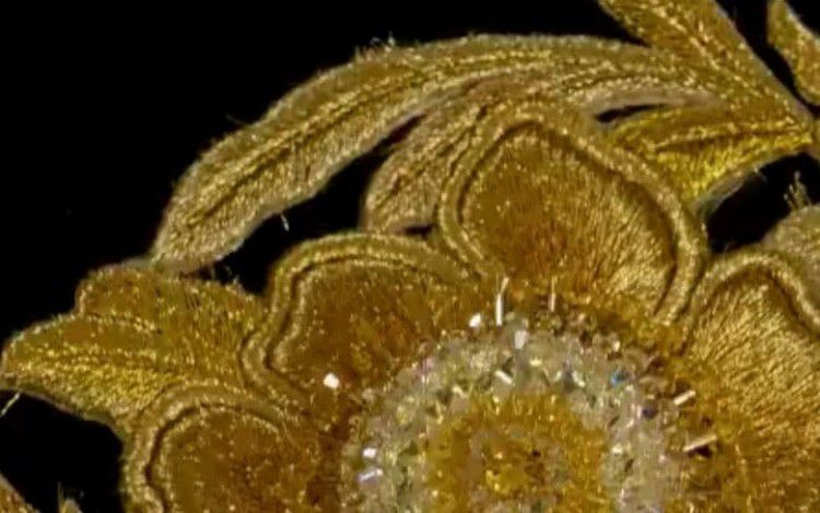 Dù lộng lẫy nhưng trang phục Nữ thần Kim Ưng Địch Lệ Nhiệt Ba vẫn chưa bằng Triệu Lệ Dĩnh và Đường Yên? Ảnh 6