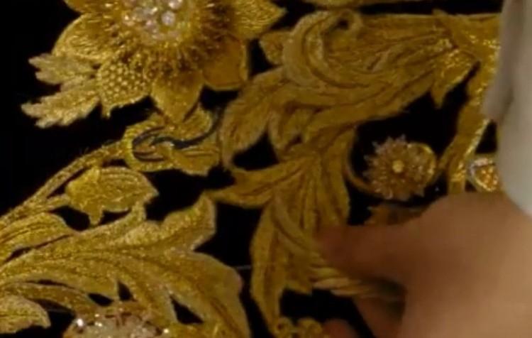 Dù lộng lẫy nhưng trang phục Nữ thần Kim Ưng Địch Lệ Nhiệt Ba vẫn chưa bằng Triệu Lệ Dĩnh và Đường Yên? Ảnh 4