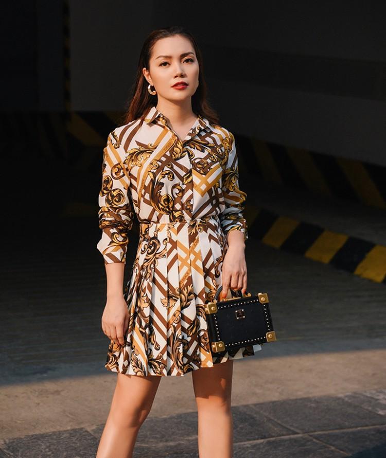 Nguyễn Ngọc Anh ngọt ngào với váy áo nữ tính đón gió lạnh cuối thu Ảnh 12