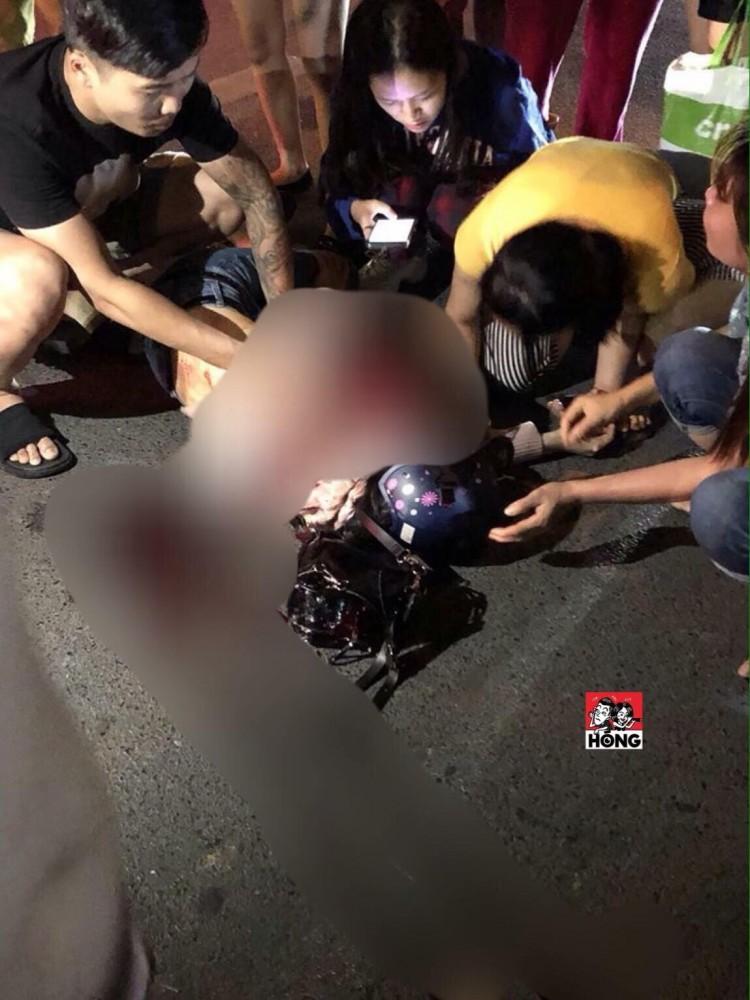 Nam thanh niên cầm dao đâm người yêu cũ 9 nhát trên phố Hà Nội đã ra công an đầu thú Ảnh 2