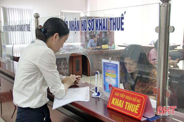 Ngành thuế Hà Tĩnh tăng tốc thu vượt chỉ tiêu Ảnh 2