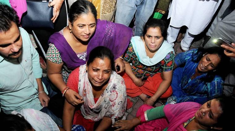 Hình ảnh thảm khốc vụ tai nạn tàu hỏa làm ít nhất 50 người thiệt mạng Ảnh 8