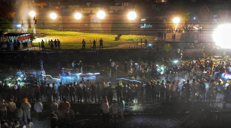 Hình ảnh thảm khốc vụ tai nạn tàu hỏa làm ít nhất 50 người thiệt mạng Ảnh 1