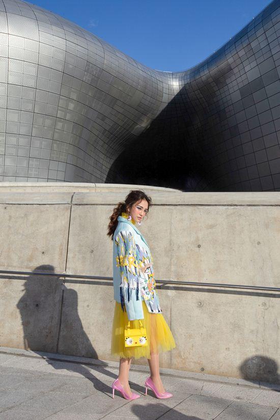 Mỹ nhân Việt lăng xê quần tụt nổi bật tại Tuần lễ thời trang Seoul Ảnh 3