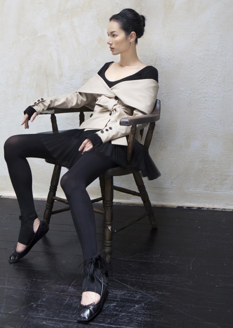 Siêu mẫu vàng 1 thời Bảo Hòa khoe thần thái cuốn hút với váy áo chuẩn hot trend thu đông Ảnh 5