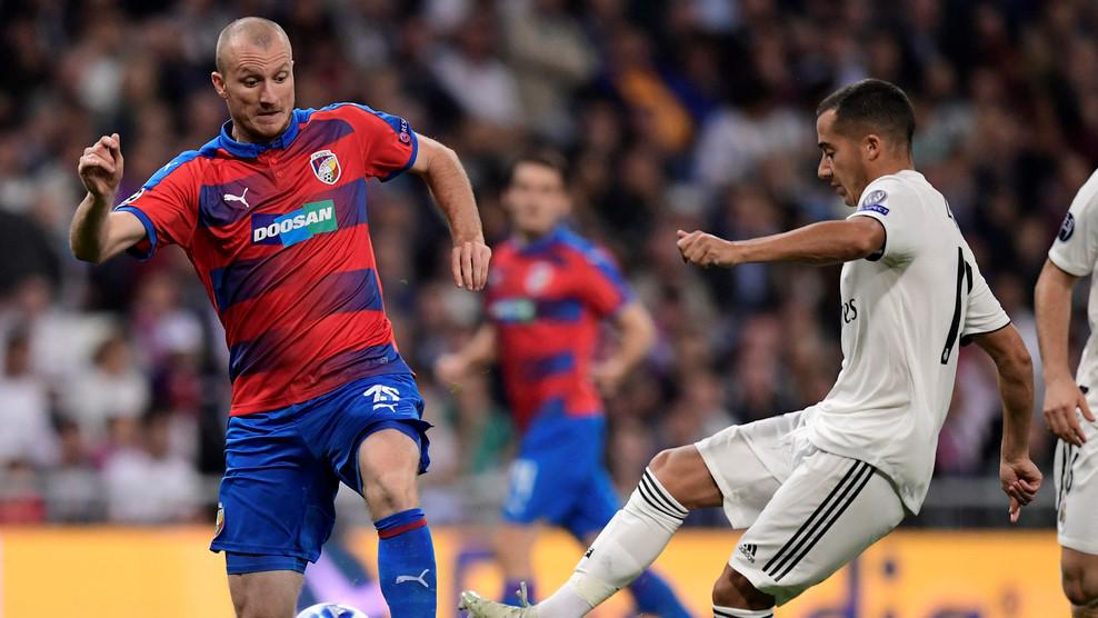 Real Madrid vs Viktoria Plzen (1-0, H2): Benzema đánh đầu mở tỷ số Ảnh 6