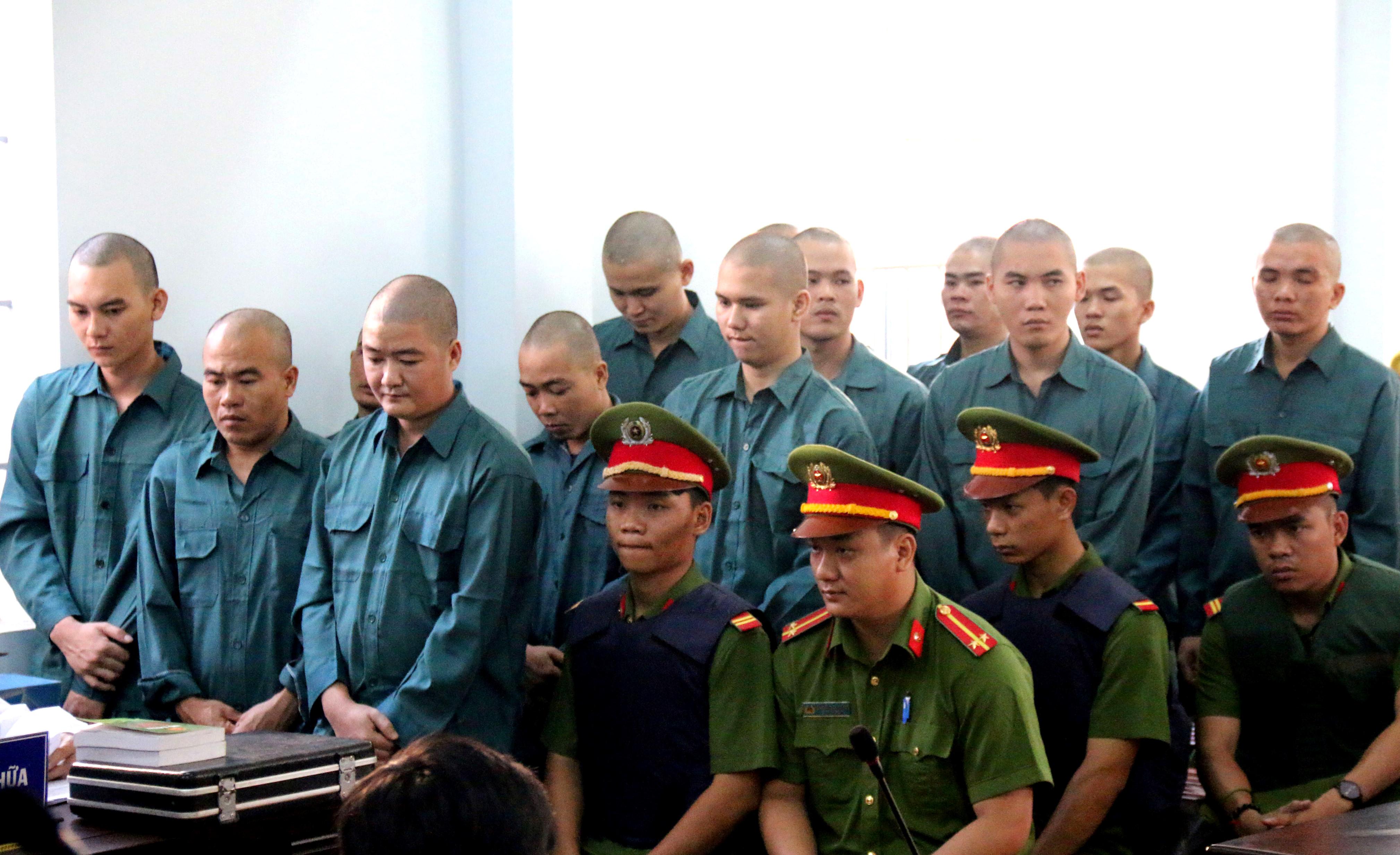 30 người quá khích tấn công trụ sở công quyền ở Bình Thuận lĩnh án Ảnh 1