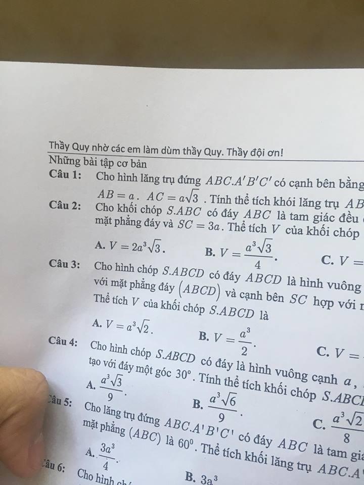 Khi thầy giáo 'có tâm' ra đề kiểm tra: Nắn nót ghi hẳn dòng chữ 'nhờ các em làm bài, thầy đội ơn' Ảnh 1