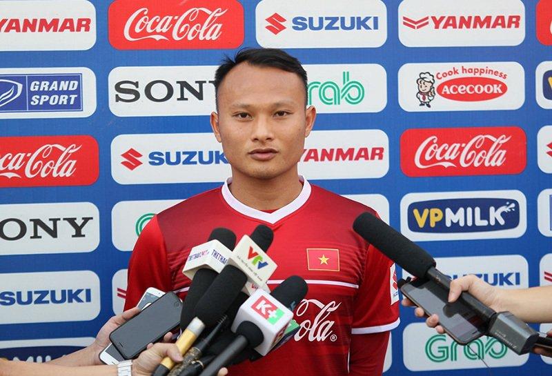 Trọng Hoàng: 'Lứa U23 hiện tại chưa thể bằng thế hệ vô địch năm 2008' Ảnh 1