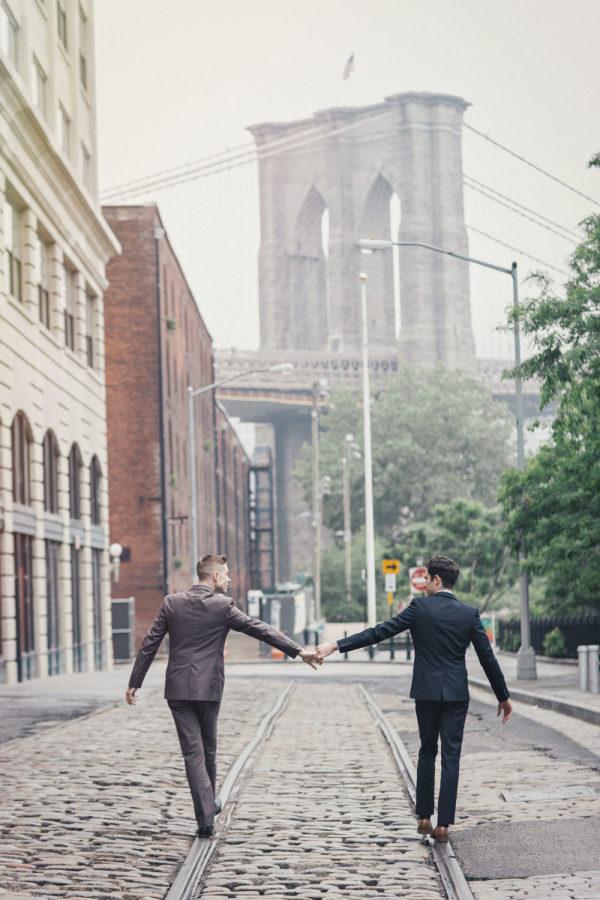 Bộ ảnh cưới đồng tính giữa đậm sắc màu thời gian giữa lòng thành phố New York Ảnh 9