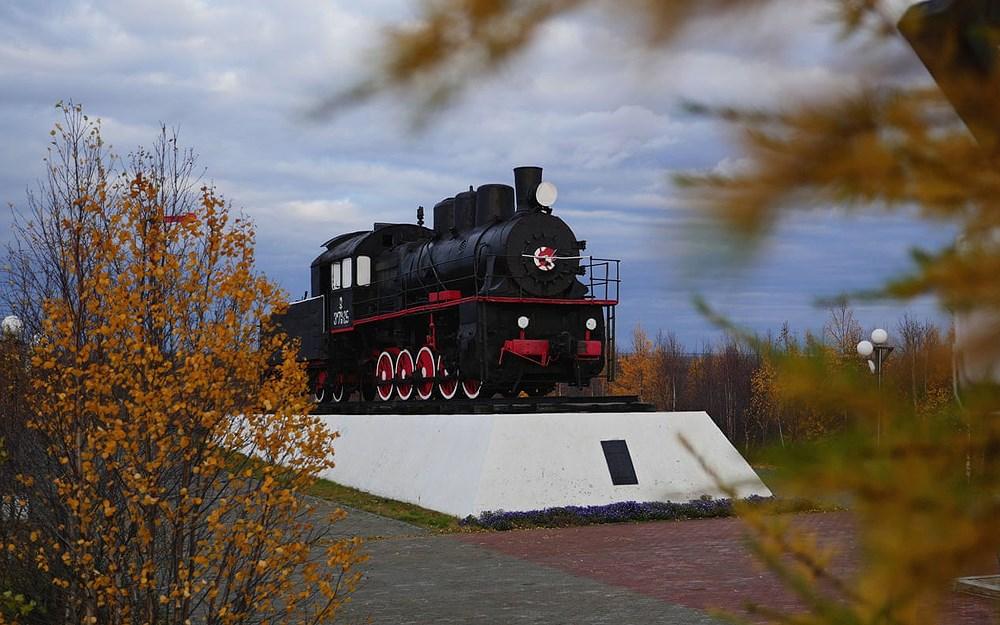 Tuyến đường sắt bị lãng quên của Liên Xô cũ đẹp buồn xao xuyến Ảnh 7