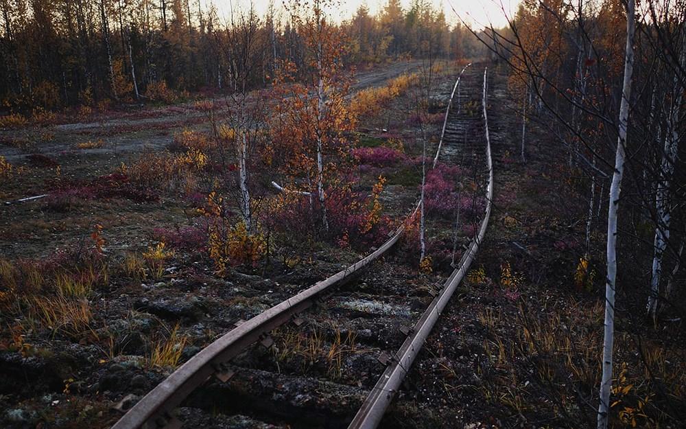 Tuyến đường sắt bị lãng quên của Liên Xô cũ đẹp buồn xao xuyến Ảnh 13