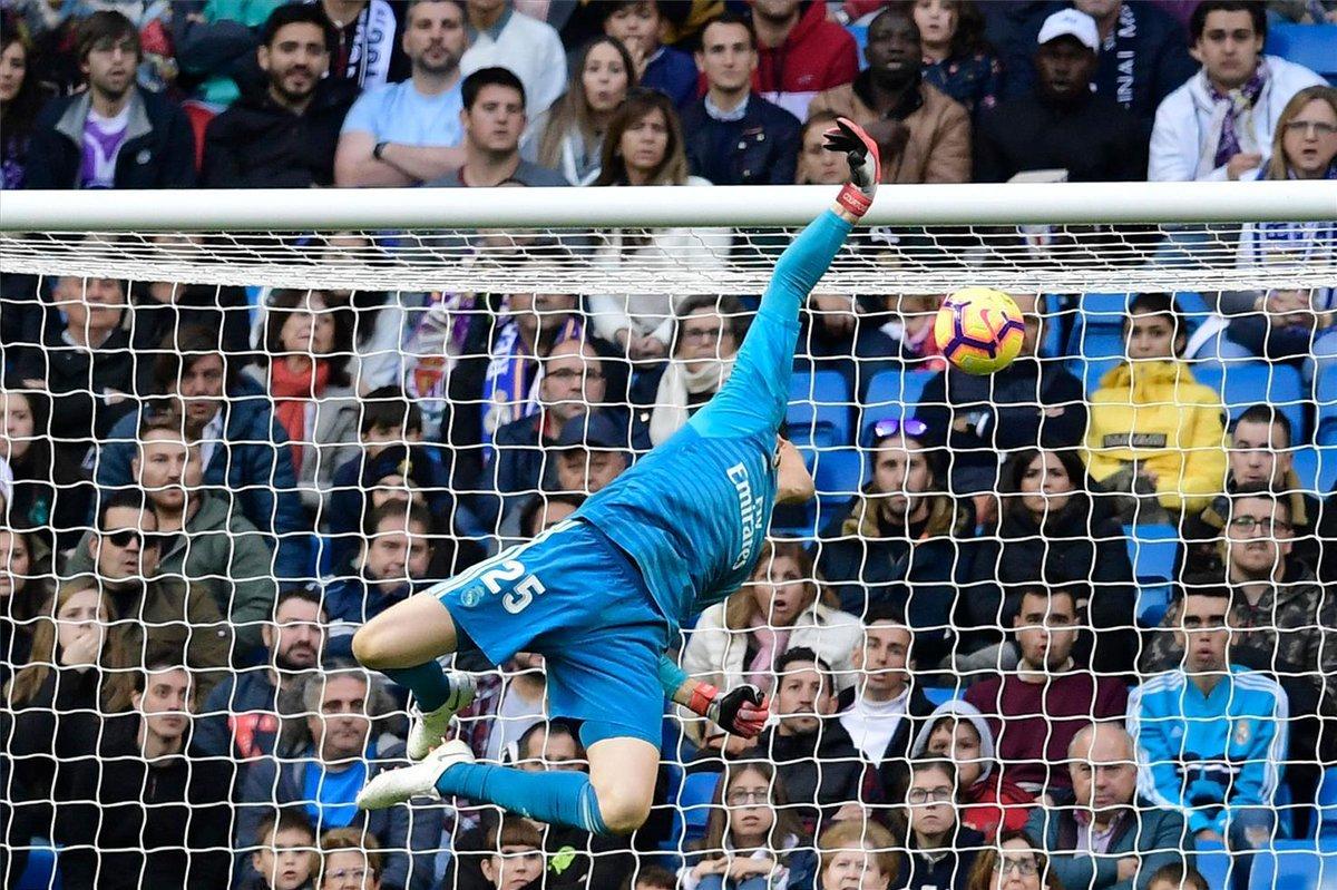 Ăn may phút cuối, Real vượt qua đội bóng của Ronaldo Ảnh 3