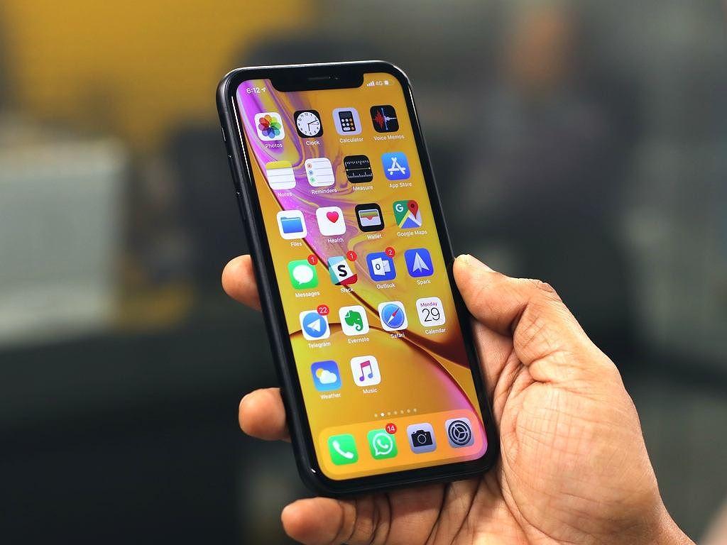 iPhone XR gây thất vọng, Apple mất danh hiệu công ty 1.000 tỷ USD Ảnh 3