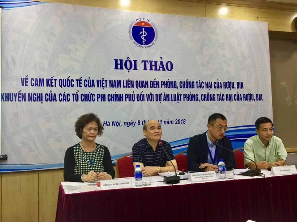 Mỗi năm người Việt tiêu thụ 305 triệu lít rượu, 4,1 tỷ lít bia Ảnh 1