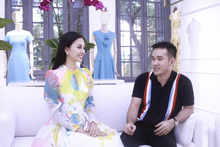 Hoa mắt với lượng váy áo khủng mà hoa hậu Tiểu Vy mang đến Miss World Ảnh 5