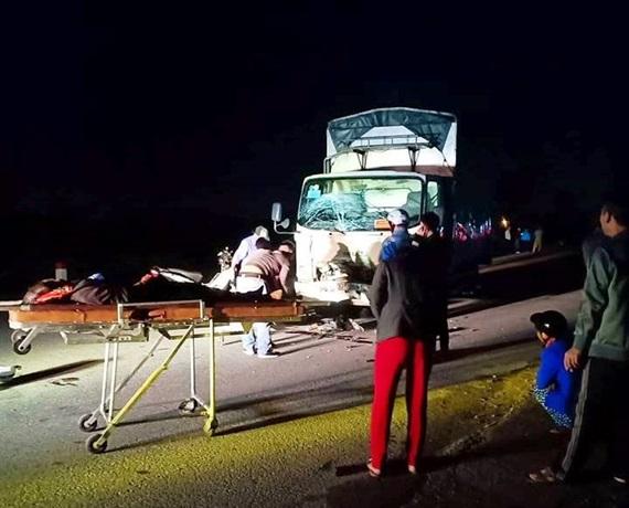 Tai nạn giao thông nghiêm trọng khiến 3 người trong gia đình tử vong Ảnh 1