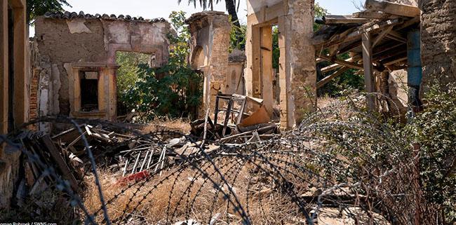 Những bức ảnh hiếm hoi về thị trấn ma tại Síp Ảnh 11
