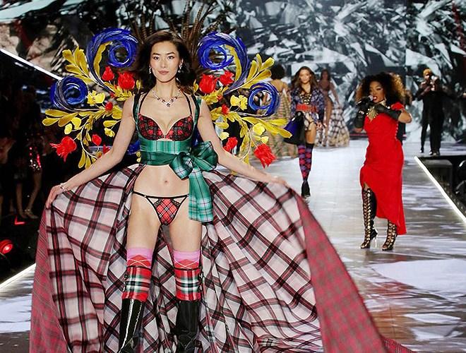5 'thiên thần' châu Á ghi dấu ấn ở show Victoria's Secret 2018 Ảnh 5