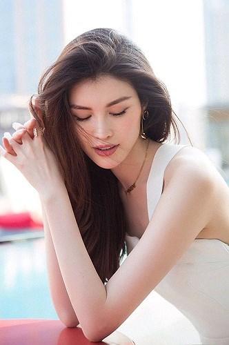 5 'thiên thần' châu Á ghi dấu ấn ở show Victoria's Secret 2018 Ảnh 11