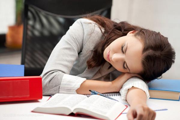 7 thói quen nhiều người mắc đang âm thầm làm hại sức khỏe mỗi ngày Ảnh 3