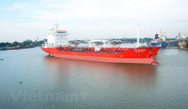Bàn giao tàu chở dầu trọng tải 6.500 tấn xuất khẩu sang Hàn Quốc Ảnh 1