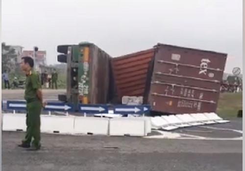 2 phụ nữ bị thùng xe container đè chết tại chỗ Ảnh 2