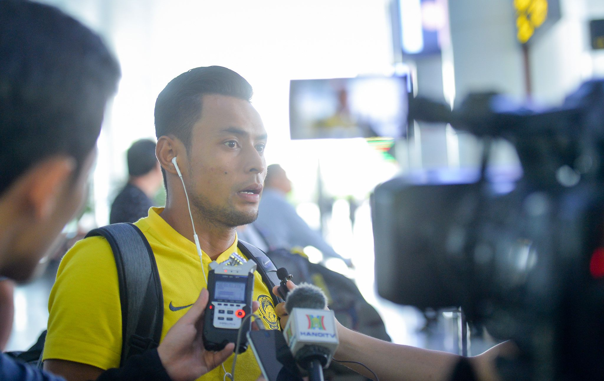 Xe buýt chở đội Malaysia bỏ quên người ở sân bay Nội Bài Ảnh 8