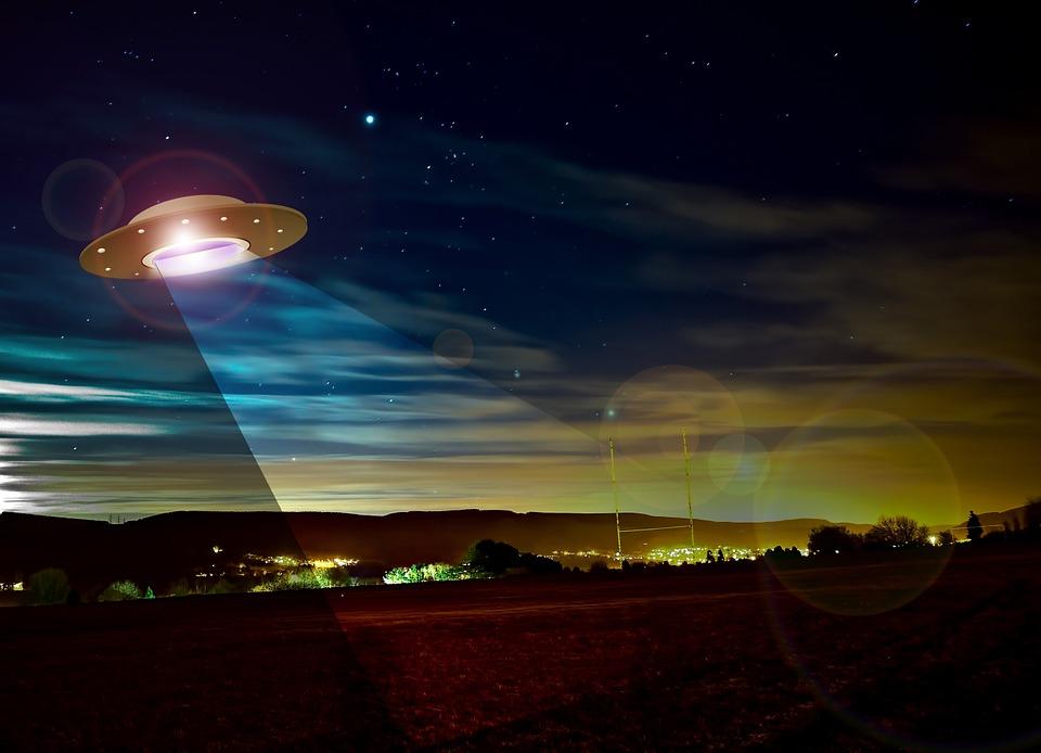 Người ngoài hành tinh vừa ghé thăm Trái đất ở Ireland? Ảnh 1