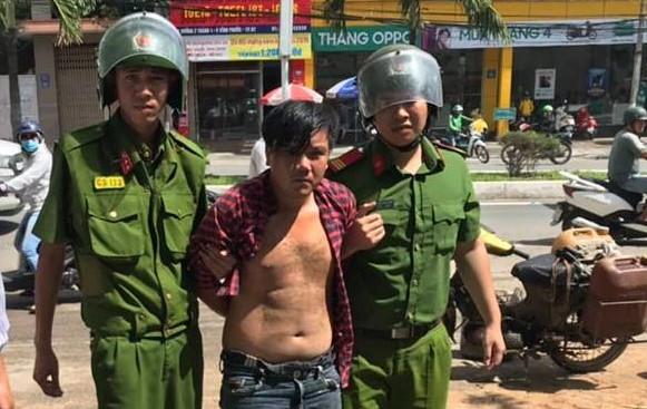 Trộm taxi giữa TP.Nha Trang Ảnh 1