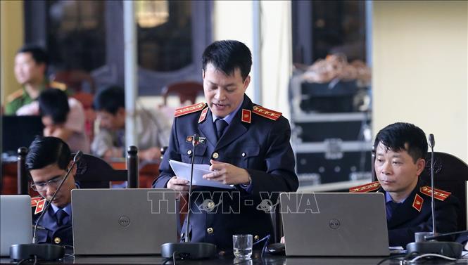 Vụ đánh bạc nghìn tỷ qua mạng: Phan Văn Vĩnh, Nguyễn Thanh Hóa bị đề nghị từ 7-8 năm tù giam Ảnh 1