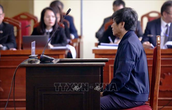 Vụ đánh bạc nghìn tỷ qua mạng: Phan Văn Vĩnh, Nguyễn Thanh Hóa bị đề nghị từ 7-8 năm tù giam Ảnh 2