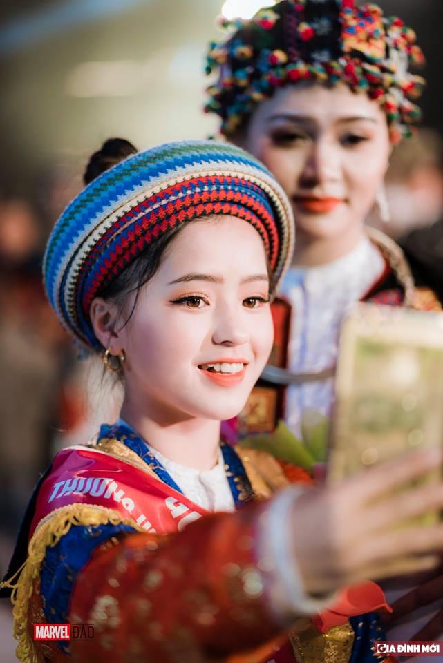 Em gái bán lê gây sốt ngày nào ở Hà Giang nay đã lột xác xinh đẹp đến nhường này Ảnh 10