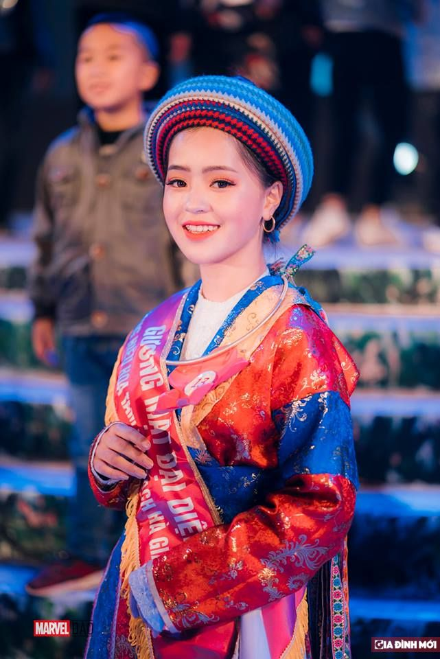 Em gái bán lê gây sốt ngày nào ở Hà Giang nay đã lột xác xinh đẹp đến nhường này Ảnh 2