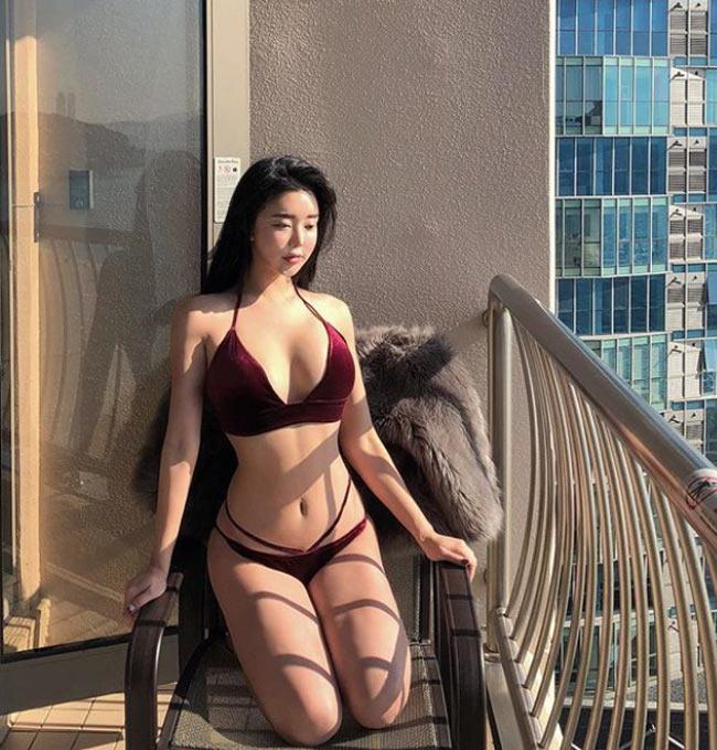 'Nữ hoàng bikini mạng xã hội Hàn Quốc' không ngán kiểu áo tắm dù là táo bạo nhất Ảnh 16