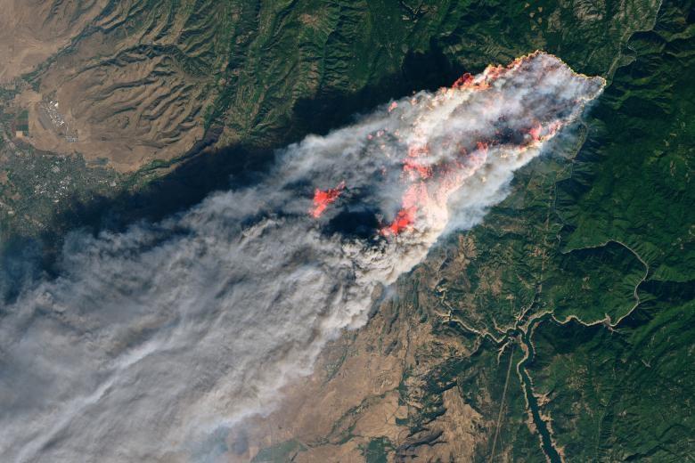 Những bức ảnh ám ảnh chụp thiên tai và hỏa hoạn từ trên không năm 2018 Ảnh 7