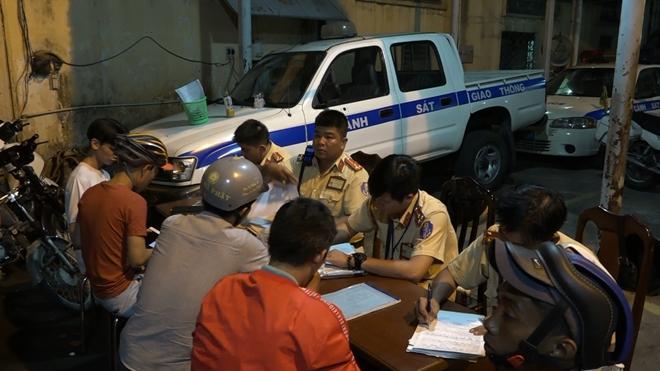 CSGT xử phạt 55 trường hợp vi phạm sau trận đấu Việt Nam – Philippines Ảnh 7