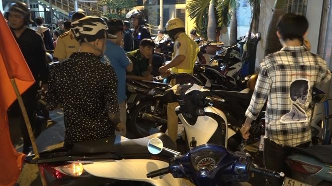 CSGT xử phạt 55 trường hợp vi phạm sau trận đấu Việt Nam – Philippines Ảnh 4