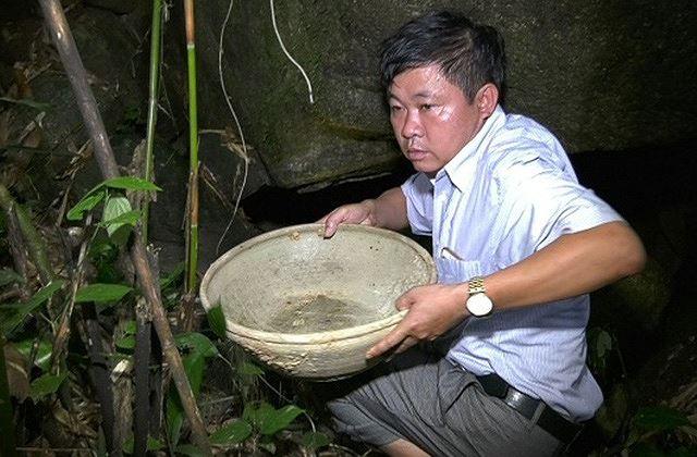Phát hiện hang nghi cổ vật bí hiểm ở Thanh Hóa Ảnh 1